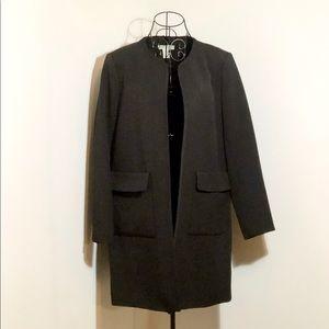 NWOT H&M top coat in black
